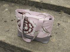 Sac à main tissu tapisserie rose ghris motif par NeedlesOfSvetlana