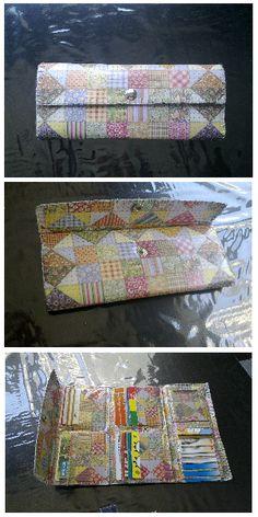 Estas carteras hechas de papel son geniales, puedes elegir el papel y el diseño. Nunca te faltará sitio para tus tarjetas. Monycreque taller.