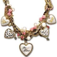 I love chunky necklaces and I love Besty Johnson GREAT! To good things at once