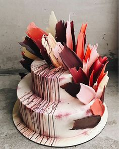 Brushstroke Cakes From Russia Are Taking Over Instagram Cake - Russian bakery uses brushstroke decorations to create the most amazing cakes