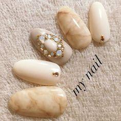 Shorter and square Gem Nails, Oval Nails, Hair And Nails, Fancy Nails, Cute Nails, Pretty Nails, Asian Nails, Fingernails Painted, Kawaii Nails