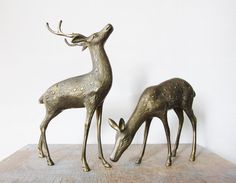 Never not drooling over these vintage deer figurines. From RustBeltThreads on Etsy.