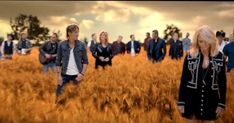 Country Music's 30 Most Famous Singers Band Together To Release ONE Hit Song