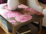 what a cool way to transform something! Wallpaper has a whole new meaning!