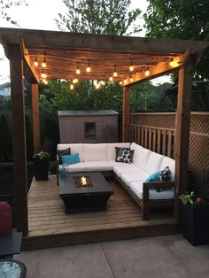 garten terasse 10 Top Popular Pergola Patio Design Ideas For Fro. - garten terasse 10 Top Popular Pergola Patio Design Ideas For Fro… - Cozy Backyard, Backyard Seating, Backyard Patio Designs, Backyard Pergola, Pergola Plans, Outdoor Pergola, Deck Patio, Cement Patio, Patio Privacy