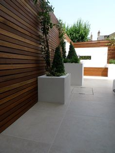 Making A Veggie Garden small garden design london Patio Slabs, Patio Tiles, Outdoor Tiles, Outdoor Flooring, Garden Slabs, Balcony Flooring, Garden Fencing, Outdoor Spaces, Garden Design London
