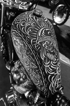Awesome artwork on this sportster tank.