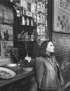 Gjon Mili, Portrait of Silvana Mangano on the set of 5 Branded Women directed by Martin Ritt, 1960 Italian Actress, Italian Artist, Gjon Mili, Beastie Boys, Dark Lips, Film Posters, Close Image, Film Movie, Shades Of Grey