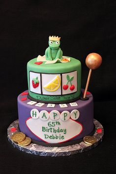 For a woman celebrating her - she loves a particular slot machine at the casino, and this was designed with the game in mind. Easy Healthy Dinners, Healthy Foods To Eat, Dinner Recipes For Kids, Kids Meals, Game Design, Cake Aux Raisins, Cake Simple, Party Friends, Crockpot