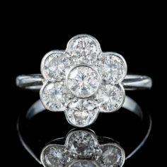 ANTIQUE EDWARDIAN DIAMOND DAISY CLUSTER RING PLATINUM 2CT OF DIAMOND CIRCA 1910 front