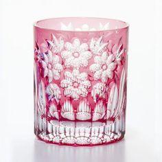 江戸切子「オールドグラス 桜花」金赤。日本の伝統工芸品。