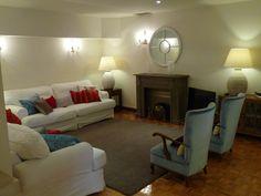 Family room. Zona de estar-salón. #Hotel Central #Gijon #Asturias www.hotelcentralasturias.com