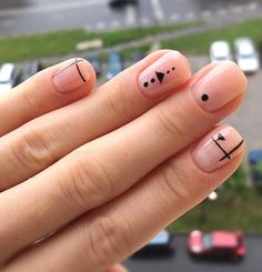 Have you heard of the idea of minimalist nail art designs? These nail designs are simple and beautiful. You need to make an art on your finger, whether it's simple or fancy nail art, it looks good. Of course, you may have seen many simple and beaut Nail Art Cute, Beautiful Nail Art, Cute Nails, My Nails, Nails 2017, Gorgeous Nails, Minimalist Nails, Minimalist Beauty, Nail Art Designs