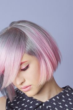 Silver lavender pink hair - hair color - I don't even know why I'm pinning this when pink hair fades in two shampoos but IT'S SO PRETTY Magenta Hair Colors, Pink Ombre Hair, Pink Grey Hair, Hair Day, New Hair, Pelo Multicolor, Looks Pinterest, Natural Hair Styles, Long Hair Styles