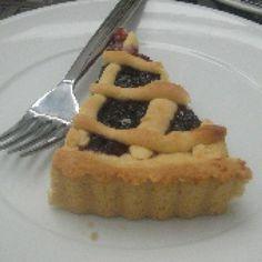 Photo of Greek Jam Tart - Pasta Flora - Photo © N. Gaifyllia, licensed to About.com, Inc.