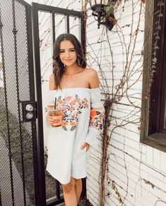 Jessica Conte is so beautiful Jessica Conte, Jess And Gabe, Summer Outfits, Cute Outfits, Foto Casual, Insta Photo Ideas, Church Outfits, Dress To Impress, Spring Fashion
