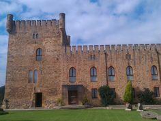Castillo de San Cucao en Llanera, unos de los bonitos palacios rurales que se pueden encontrar en #Llanera  http://bit.ly/1rnjOh5