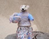 nedle felted mouse
