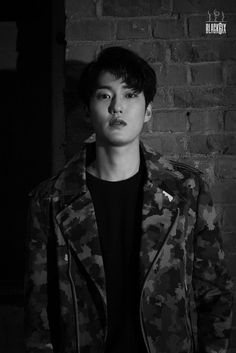 BLACK6IX (4/6) •Debut Date: April 7, 2017 •Stage Name: JONG WOON •Photo Teaser 2    { #JONGWOON #종운 #블랙식스 #BLACK6IX #Kpop } ©Twitter