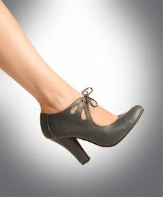Vintage Shoe Style