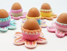 Leuk zijn ze, de gehaakte eierdopjes van @wolpleinpins #haakpatroon #gratis