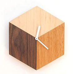 Даниил Бобров wurde in домWooden Cube Clock gespeichert Uhren Clock Art, Diy Clock, Clock Decor, Wooden Art, Wooden Crafts, Wooden Cubes, Cool Clocks, Modern Clock, Wall Clock Design