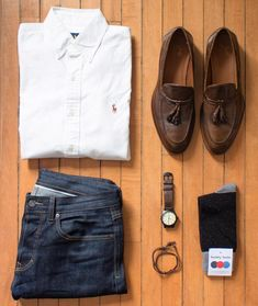 Designer menswear is gaining more and more popularity with time and soon men will catch up with women both on the runway and on the streets. Designers have found a new market in mens clothes and th… Mens Fashion Blog, Tomboy Fashion, Fashion Outfits, Men's Fashion, Cool Outfits For Men, Casual Dress Outfits, Casual Street Style, Mens Clothing Styles, Well Dressed
