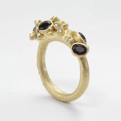 Ruth Tomlinson — Garnet Encrusted Ring 18ct yellow gold, garnets, white diamonds  20mm x 25mm  £1750