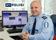 Mm. Facebookissa päivystävä nettipoliisi Marko Fobba Forss on yksi Suomen tunnetuimpia community managereita.