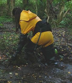 Yellow rain suit and waders in the mud Heavy Rubber, Black Rubber, Firefighter Boots, Girl In Rain, Mudding Girls, Rain Boots Fashion, Vinyl Clothing, Rain Suit, Yellow Raincoat