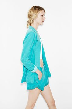 Zara's May Lookbook Is A Lesson In Summer Suiting   Refinery29