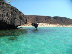 Playa Balandra, La Paz Mexico been there....wanting to go back oh so badly!!!!