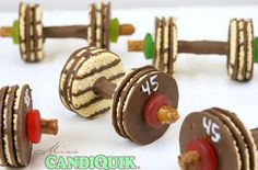 20 Sweet Treats for an Olympic Party - Olympic Party Roundup! 20 Sweet Treats for an Olympic Party Olympic Party Roundup! Edible Crafts, Food Crafts, Cute Food, Good Food, Yummy Food, Chocolate Dipped Pretzels, Chocolate Cookies, Melt Chocolate, Chocolate Party