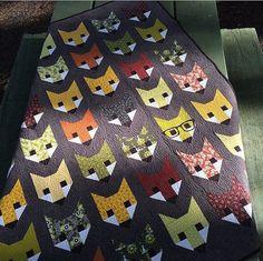 Fancy Fox quilt pattern - Elizabeth Hartman, Oh Fransson - woodland quilt pattern, mini quilt pattern, modern quilt Owl Quilt Pattern, Fox Quilt, Mini Quilt Patterns, Modern Quilt Patterns, Fox Pattern, Elizabeth Hartman, Little Girl Dancing, Fox Fabric, Animal Quilts
