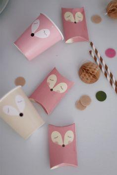 FREE printable fox pillow box Fuchs - kostenlose Bastelvorlage