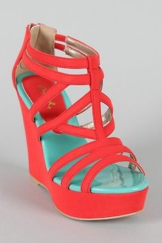coral wedges. Absolutely YES!!!! love the mint pad detail and the strap design!