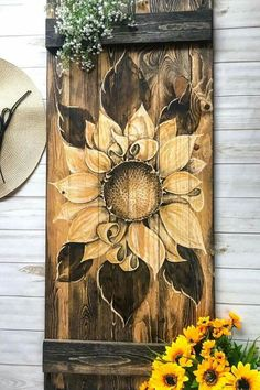 Sunflower wall decor - This sunflower is hand carved into a mini barn door Hang this wood art on your wall, above your desk, above your bed and so much more This piece is perfect for your rustic home decor space sunflow Wood Burning Crafts, Wood Burning Patterns, Wood Burning Art, Sunflower Wall Decor, Sunflower Art, Sunflower Decorations, Sunflower Kitchen Decor, Tole Painting, Painting On Wood