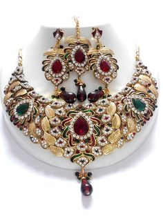 latest collections of fashion Exclusive jewellery Sets