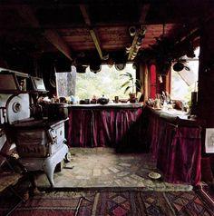 Handmade Houses, A Guide to the Woodbutcher's Art by Art Boericke/Barry Shapiro Scrimshaw Press 1973