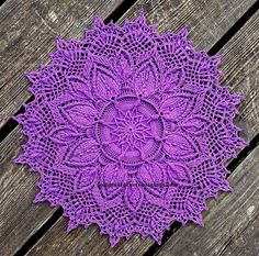 Gudrun Crochets: April 2020 Irish Crochet, Beautiful Crochet, Crochet Doilies, Etsy App, Poinsettia, Knit Patterns, Bunt, Mandala, Bloom