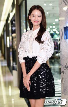 160325 Yoona N21 Store opening
