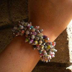 Cha-Cha Bracelet in Paper Beads - a blog about paper beads