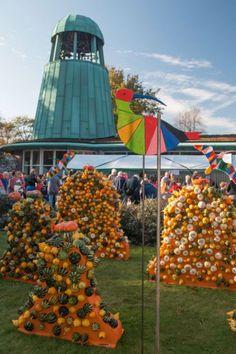 Klok & Peel Museum kleurt opnieuw oranje