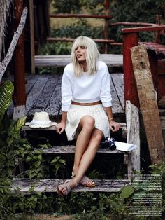 Marie Claire Netherlands Model: Marlijn Hoek Photographer: Carmen Kemmink Styled by: Marjolein Mos EDITORIAL WHITE IN THE WILD ALL WHITE SPRING SUMMER LOOKS BLEACH BLONDE HAIR WHITE SWEATER MIDRIFF ALINE MINI SKIRT TAN TAUPE STUDDED SANDALS