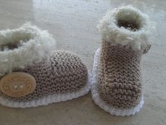 Knitting Pattern Baby Booties/Boots - Quick and Easy Makes Three Sizes Baby Knitting Patterns, Pattern Baby, Baby Booties Knitting Pattern, Knit Baby Booties, Baby Boots, Booties Crochet, Baby Patterns, Hand Knitting, Single Crochet