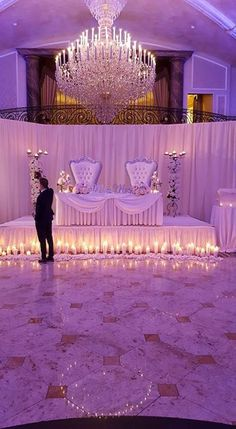 Sweetheart Table - New Site Wedding Reception Decorations Elegant, Luxury Wedding Decor, Wedding Themes, Wedding Centerpieces, Wedding Colors, Wedding Venues, Elegant Wedding, Wedding Ideas, Wedding Stage