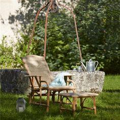 """Summum du confort dans les années 1900, la chaise longue inclinable Nantucket est une variante de la chaise longue """"rotin"""", le grand classique de Kok Essentiel"""