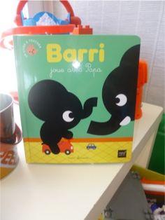 Barri joue avec papa, Marc Clamens,  Hatier Jeunesse, 2013, 9,99 euros,  Album jeunesse dès 1 an