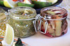 Vegansk auberginesill – på fyra sätt!   Jävligt gott - vegetarisk mat och vegetariska recept för alla, lagad enkelt och jävligt gott.