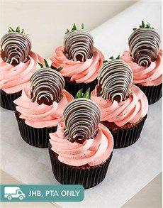 Valentines Day Cakes: Strawberry Cream Chocolate Cupcakes!